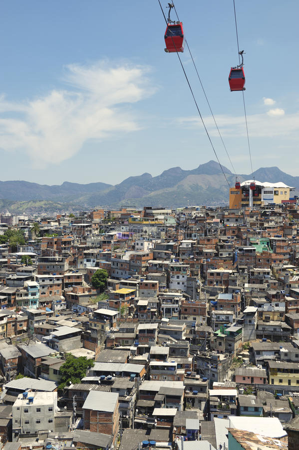 Free Rio De Janeiro Favela Slum With Red Cable Cars Royalty Free Stock Photography - 40272317