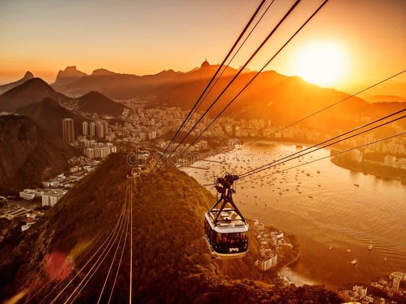 Rio de Janeiro från den Sugar Loaf solnedgången royaltyfri foto
