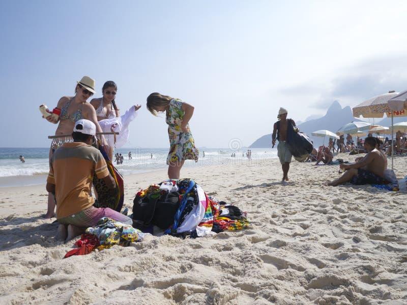 Rio de Janeiro Ipanema Beach Vendors royalty-vrije stock foto's