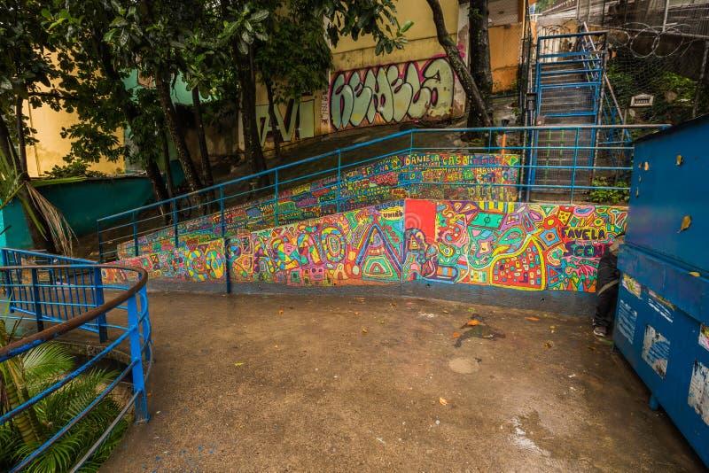 Rio de Janeiro - 21 de junho de 2017: Arte de rua na Favela de Santa Marta, no Rio de Janeiro, Brasil imagens de stock royalty free