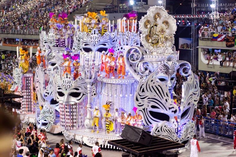 RIO DE JANEIRO, LUTY 11 -: Pokazuje z dekoracjami na karnawale zdjęcie stock