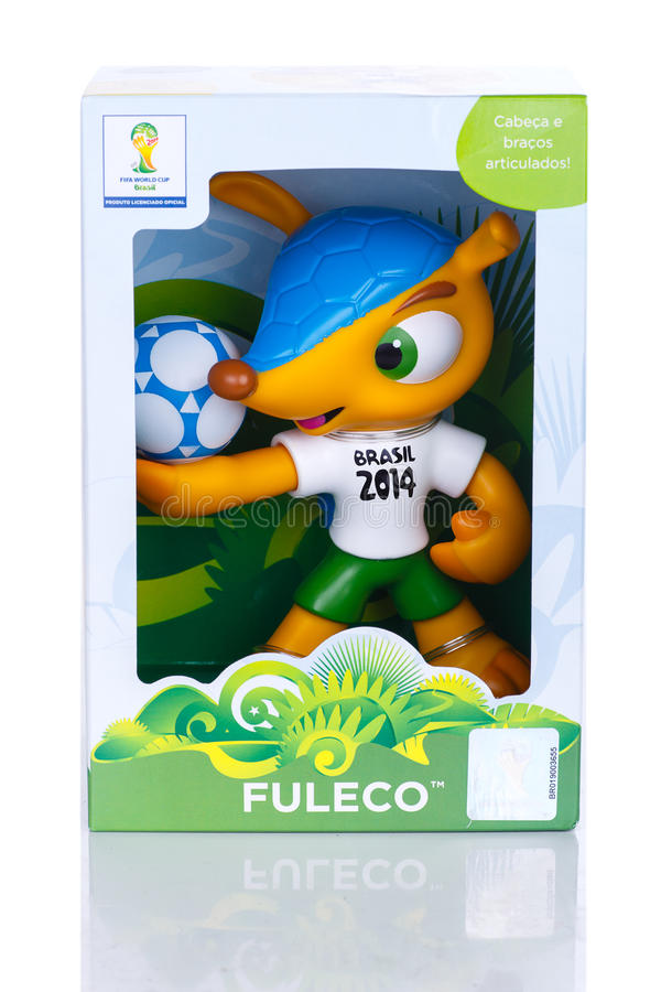 RIO DE JANEIRO, MAJ - 18, 2014: Fuleco klingerytu maskotka Fuleco jest fotografia stock