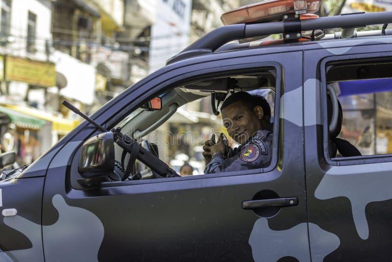 Rio de Janeiro-militaire politiepatrouille de straten van Rio de Janeiro royalty-vrije stock foto