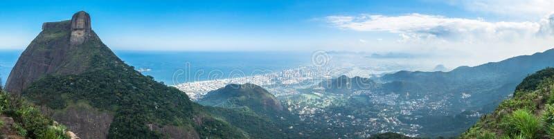 Rio de Janeiro Panorama Brasilien - Barra da Tijuca område royaltyfri fotografi