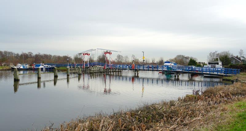 Rio de Kromme Mijdrecht, os Países Baixos foto de stock
