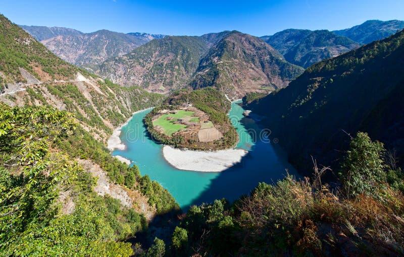 Rio de Nujiang foto de stock