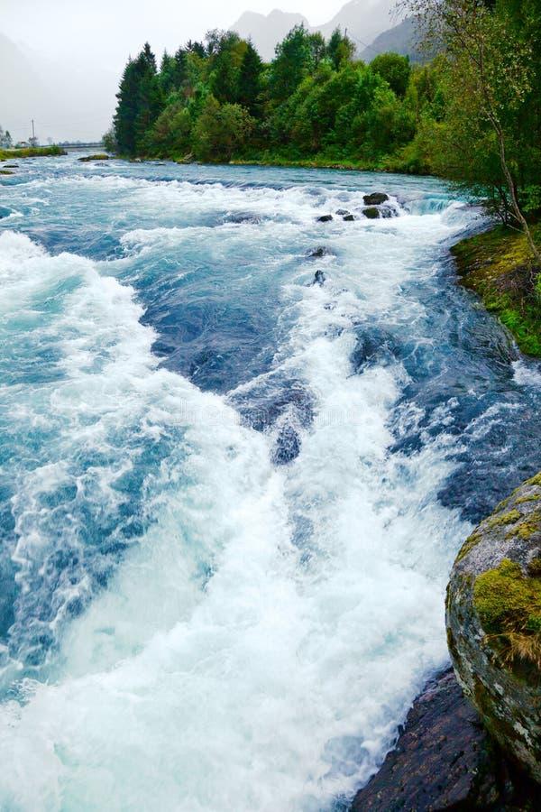 Rio de pressa da geleira imagens de stock royalty free