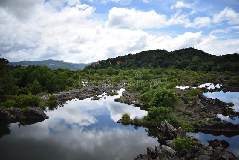 Rio de Sharavati imagens de stock