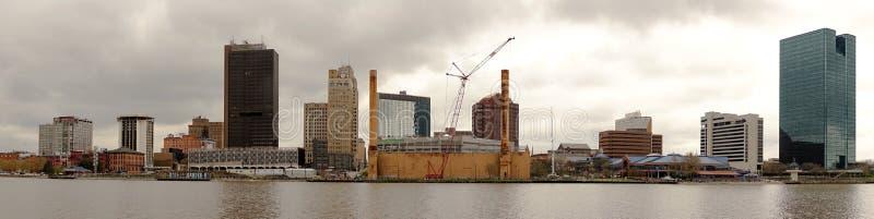 Rio de Toledo Ohio Downtown City Skyline Maumee imagem de stock