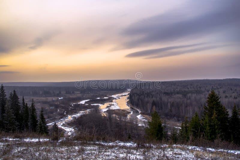 Rio de Ural no por do sol fotografia de stock