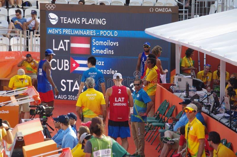 Rio2016 de voltooiing van het strandvolleyball stock afbeeldingen