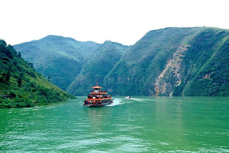 Rio de Yangtze Three Gorges - Three Gorges pequeno fotos de stock royalty free