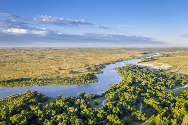 Rio desânimo que meandra a calha Nebraska Sandhills foto de stock royalty free