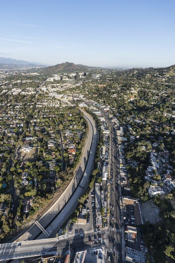 Rio e Ventura Blvd Vertical Aerial de Los Angeles fotos de stock royalty free