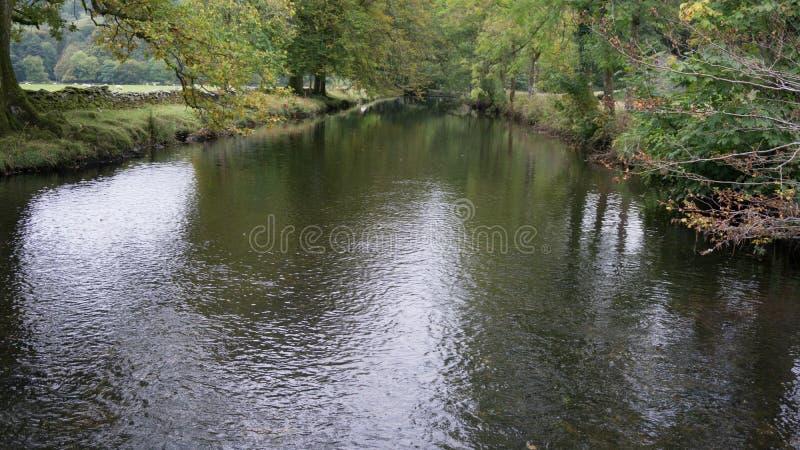 Rio em Cumbria imagem de stock