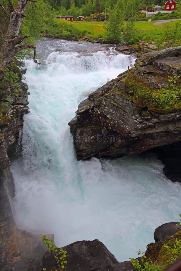 Rio glacial, Noruega fotos de stock royalty free
