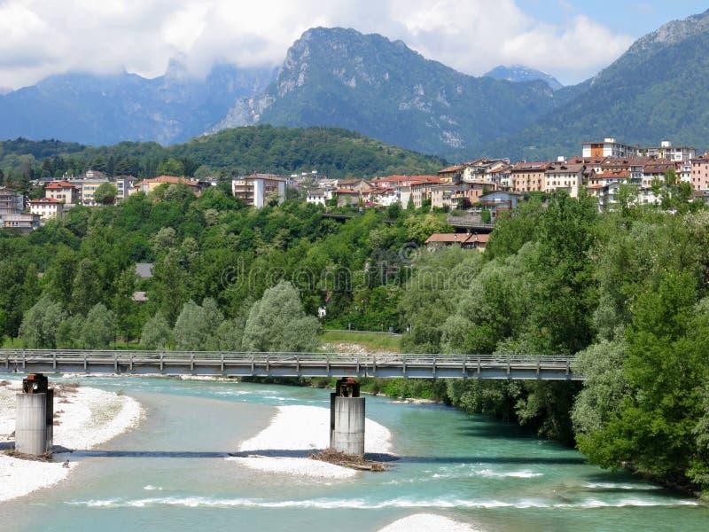 Rio Itália da ponte de Belluno fotos de stock royalty free