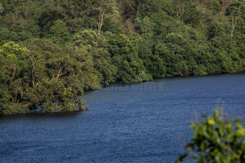 Rio Kali - como visto em Ganeshgudi foto de stock