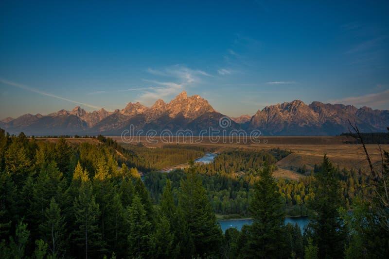 Rio Snake e cordilheira grande de Teton foto de stock royalty free