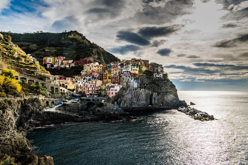 Riomaggiore au terre de cinque photos libres de droits