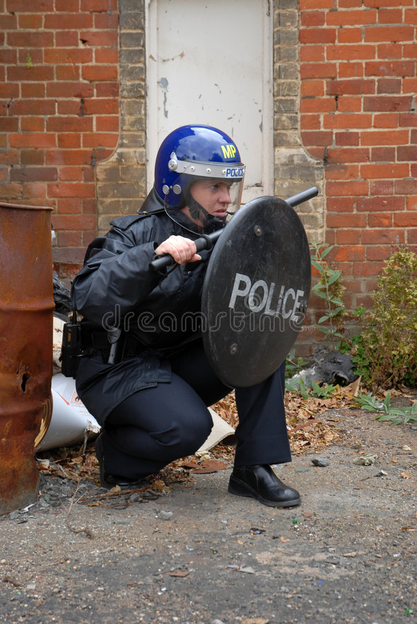Free Riot Cop Royalty Free Stock Images - 3202369