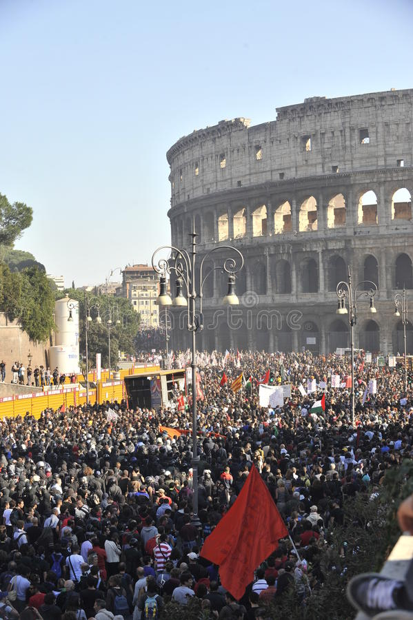 Download Riots In Rome - Italian Students Protest Editorial Stock Photo - Image: 21637043