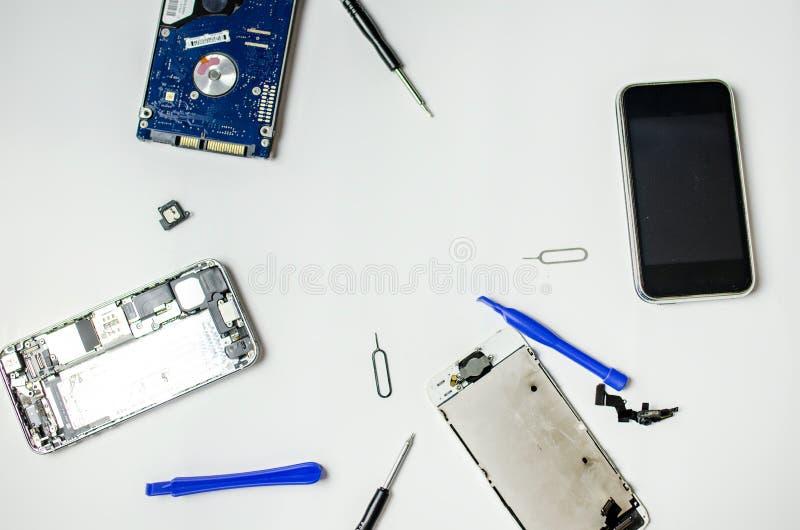 Riparazione del telefono fotografia stock libera da diritti