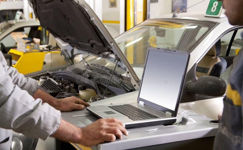 Riparazione dell'automobile immagini stock libere da diritti