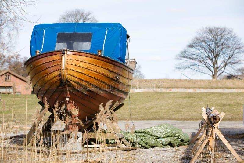 Riparazione di legno della barca fotografia stock