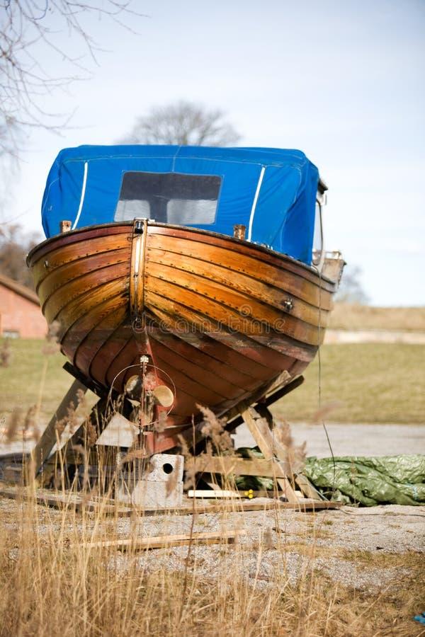 Riparazione di legno della barca immagini stock libere da diritti