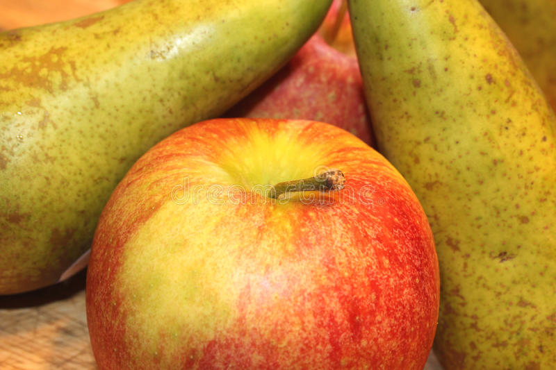 Ripe Apples And Pears Royalty Free Stock Photos