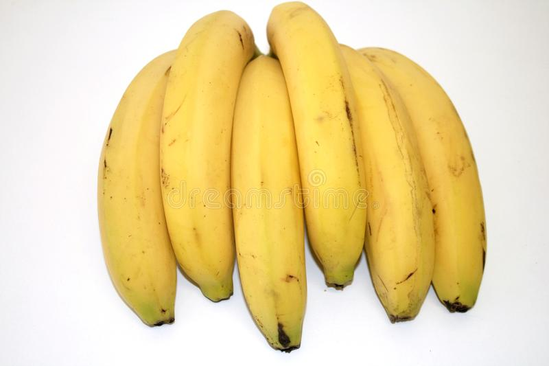Ripe banaan op witte achtergrond royalty-vrije stock fotografie