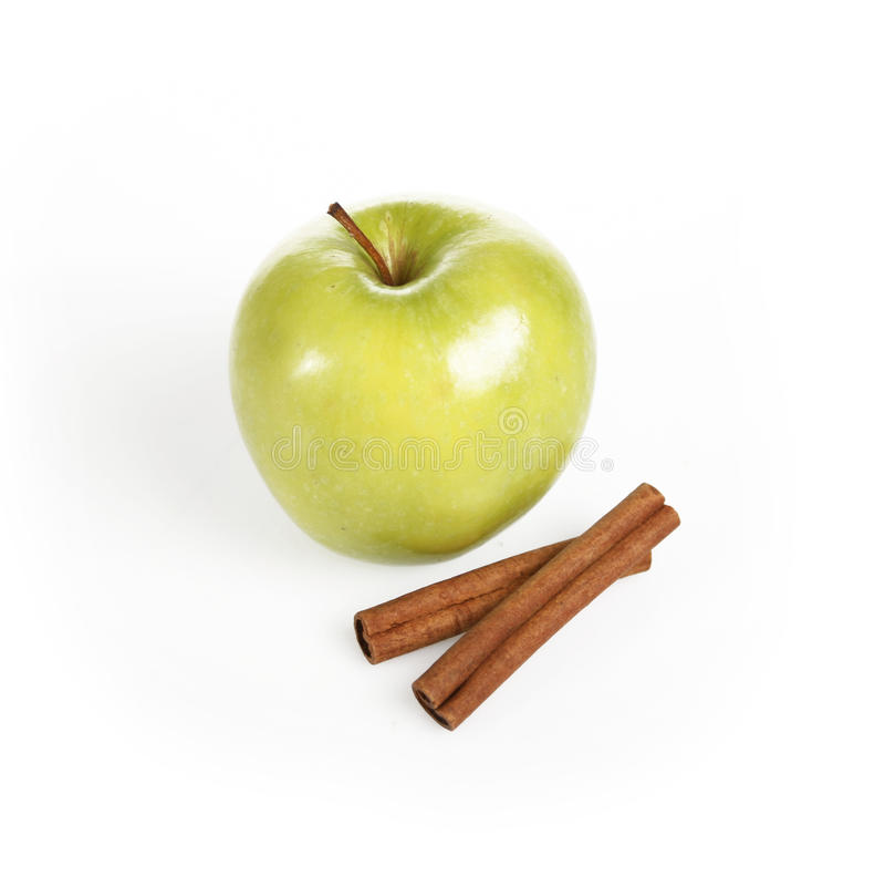 Download Ripe Green Apple With Cinnamon Sticks Stock Image - Image: 22789455