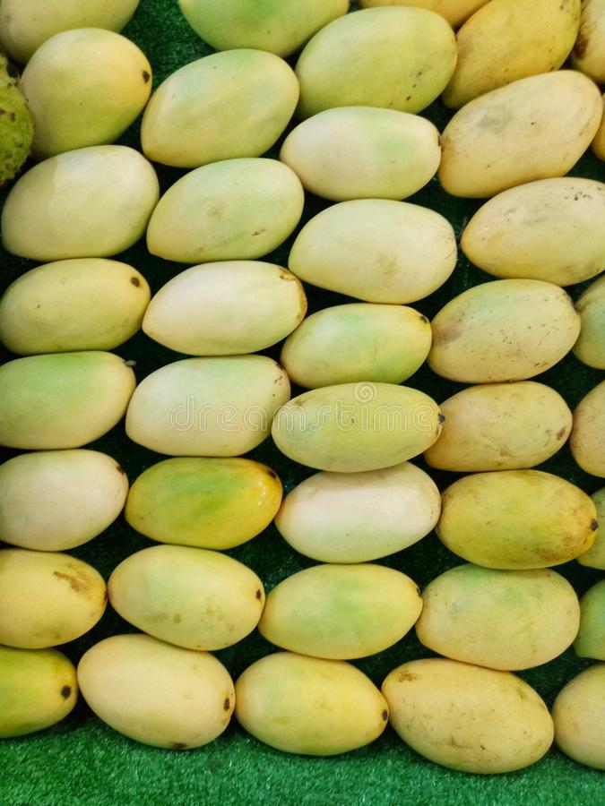 Ripe mangoes in the market stock photography