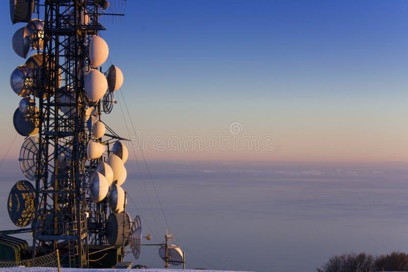 Ripetitore dell'antenna fotografia stock