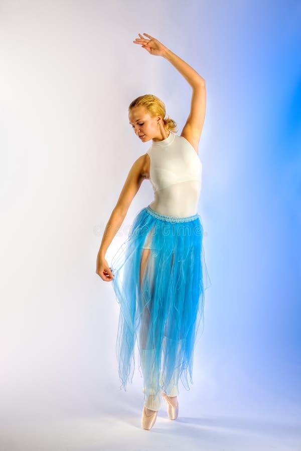 Ripetizione della ballerina immagini stock libere da diritti