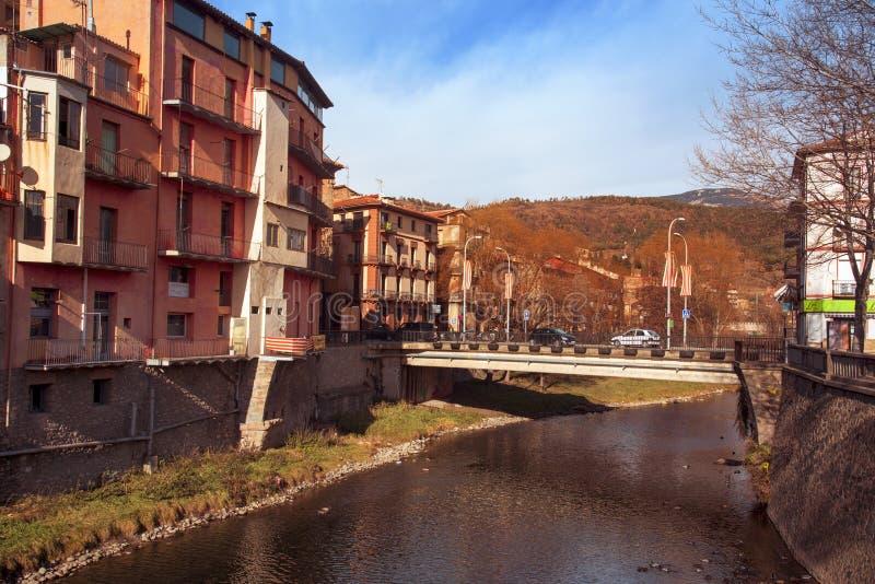 Ripoll, in Spagna ed il fiume di Ter fotografia stock