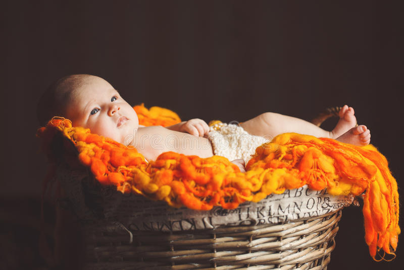 Riposo del neonato fotografie stock libere da diritti