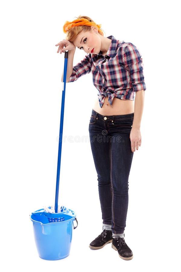 Riposo stanco della casalinga fotografia stock libera da diritti