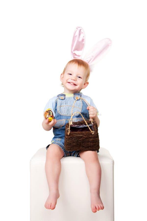 Rire heureux de chéri de lapin de Pâques. photo stock