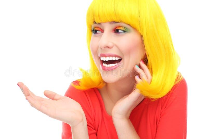 Rire Jaune De Fille De Cheveu Photographie stock libre de droits