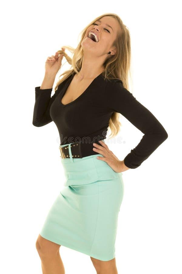Rire vert supérieur noir de côté de chemise de femme image stock