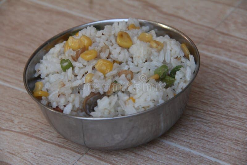 Ris i silverbunke arkivfoton