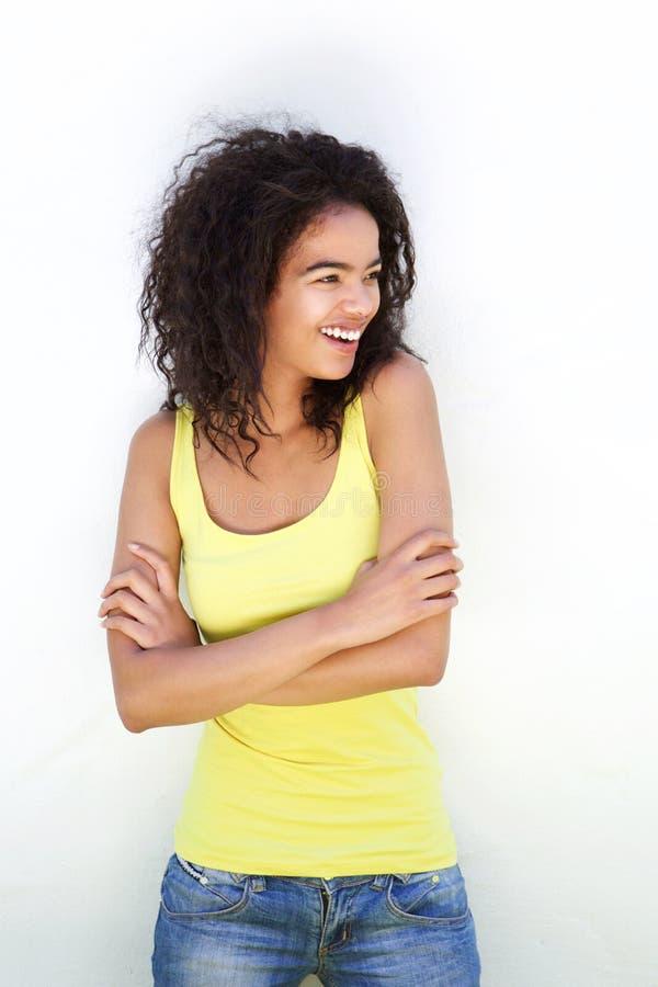 Risa joven de la mujer de la raza mixta imagenes de archivo