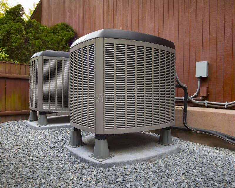Riscaldamento di HVAC ed unità residenziali del condizionamento d'aria immagini stock