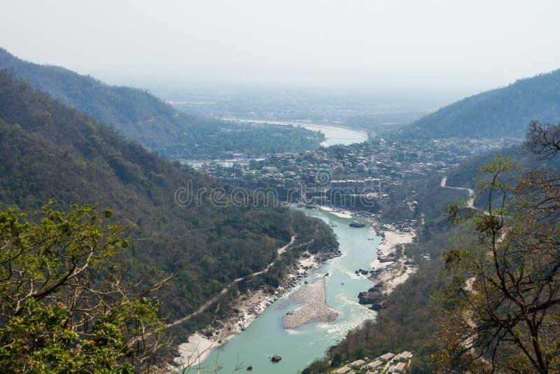 Download Rishikesh dolina zdjęcie stock. Obraz złożonej z ganges - 42525082
