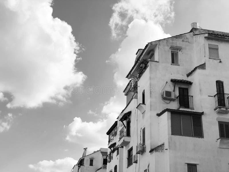 RISHON LE СИОН, ИЗРАИЛЬ - 4-ое декабря 2018: Жилые дома в Rishon Le Сион, Израиле стоковая фотография rf