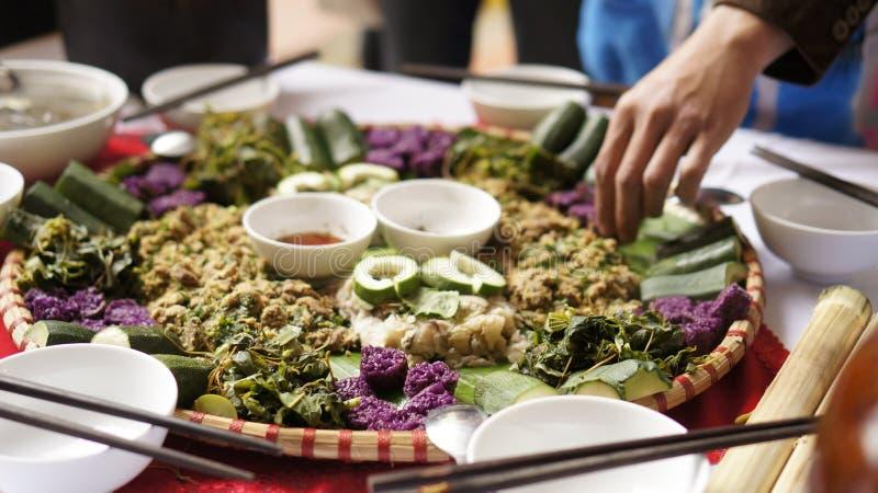 Riso appiccicoso tradizionale vietnamita e pasto immagine stock