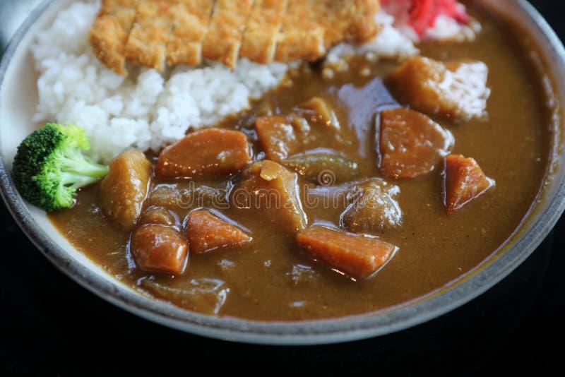 Riso di curry con l'alimento giapponese infornato della carne di maiale immagini stock