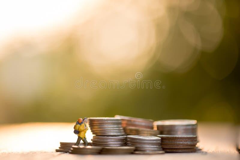 Risparmi i soldi, investimento aziendale finanziario di concetto fotografie stock